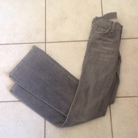 7 For All Mankind Denim - 7 for all mankind Grey Wash Jeans sz 24